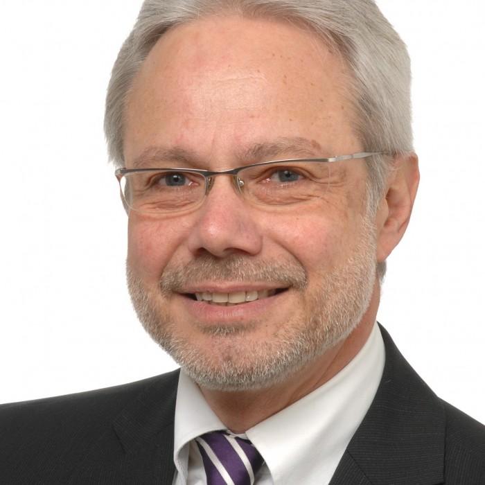Komplettes Profilbild von Rechtsanwalt Reinhard Holtstraeter
