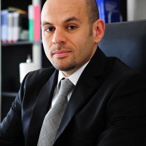 Rechtsanwalt  Osama Momen (LL.M.)
