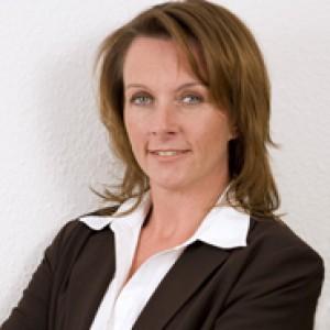 Rechtsanwältin  Stephanie Merz