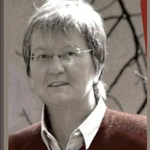 Rechtsanwältin  Helga  Müller