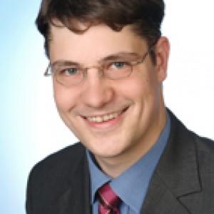 Dr. Arne Upmeier
