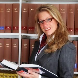 Rechtsanwältin  Ruth May