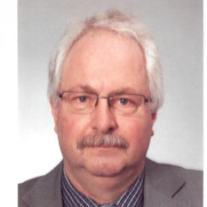 Dr. Roland Flepp